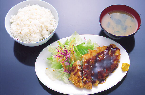 Tonkatsu-Set Chicken or Pork